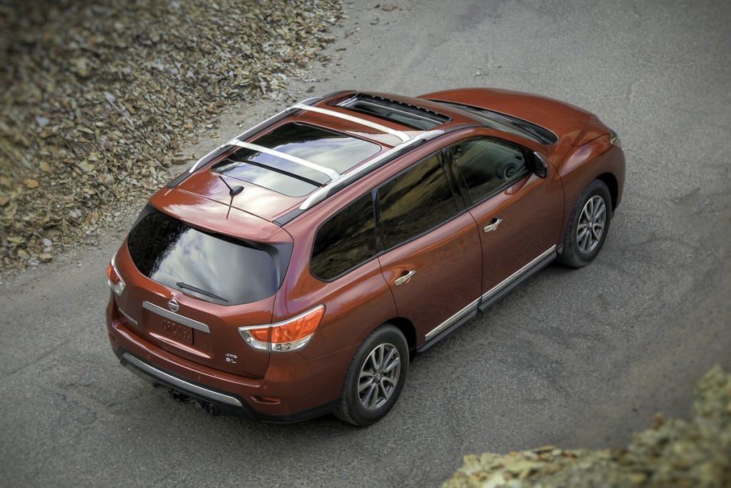 2013 nissan pathfinder pictures photos gallery the car connection. Black Bedroom Furniture Sets. Home Design Ideas