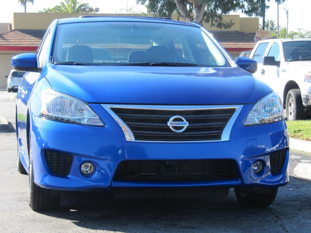 2013 nissan sentra quick highway fuel economy test drive. Black Bedroom Furniture Sets. Home Design Ideas
