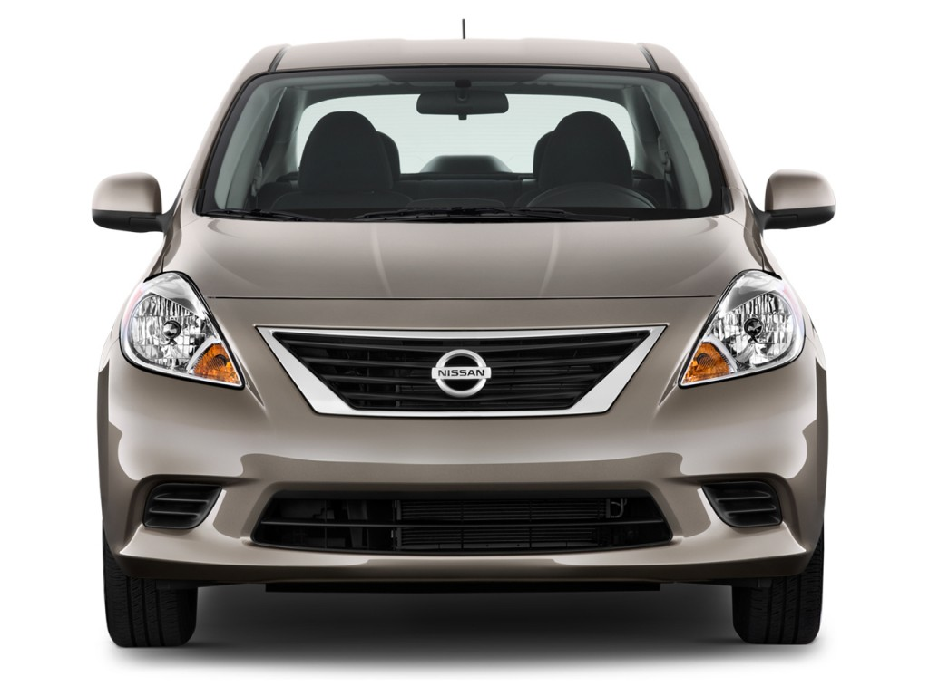 Picture of a 2013 nissan versa free image gallery picture of a 2013 nissan versa vanachro Image collections