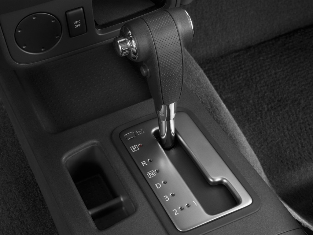 image 2013 nissan xterra 2wd 4 door auto s gear shift size 1024 x 768 type gif posted on. Black Bedroom Furniture Sets. Home Design Ideas
