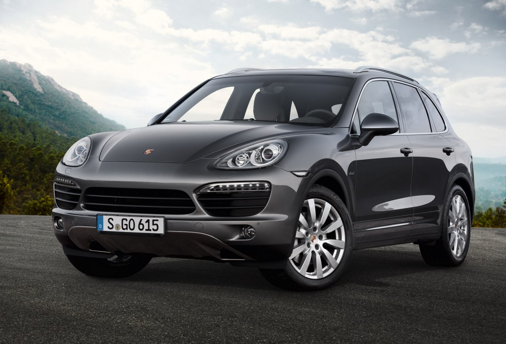 2013 porsche cayenne s diesel debuts with v 8 power. Black Bedroom Furniture Sets. Home Design Ideas