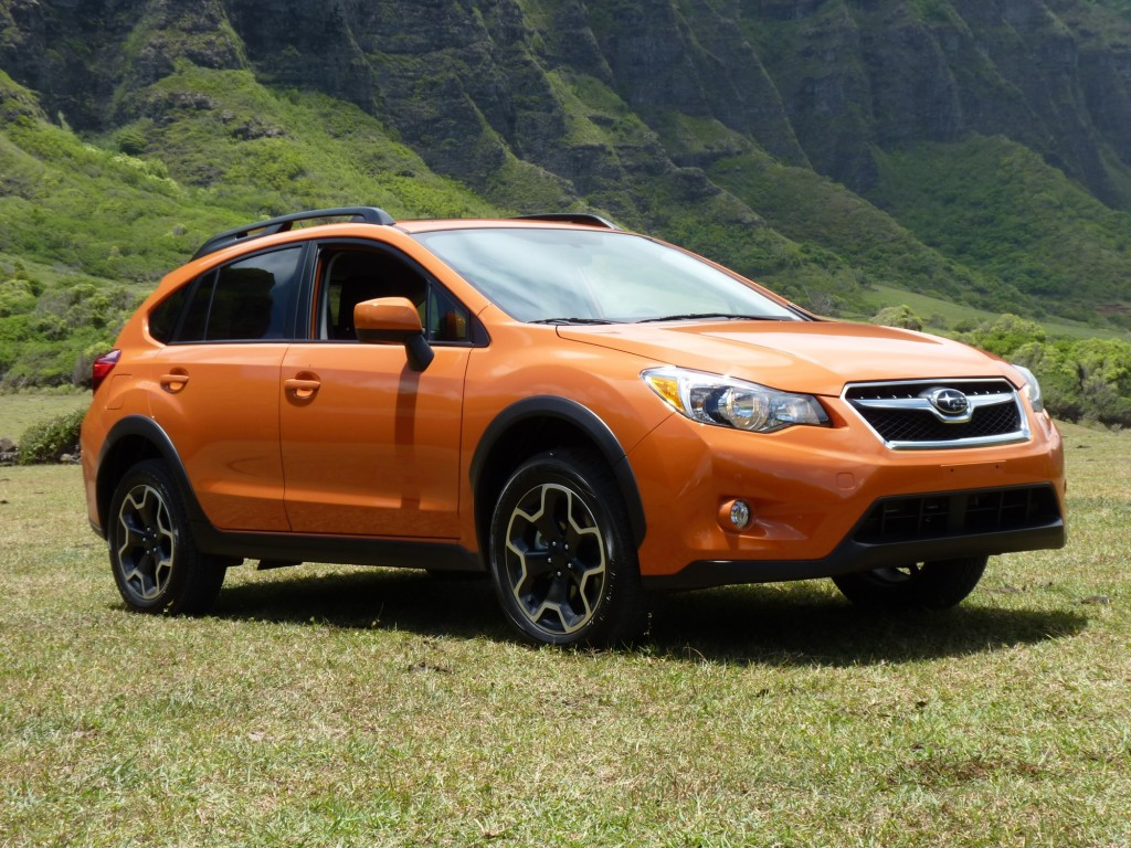 2013 subaru xv crosstrek pictures photos gallery motorauthority. Black Bedroom Furniture Sets. Home Design Ideas