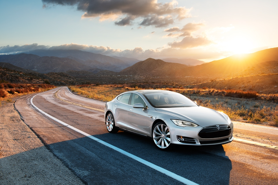 Tesla owners are starting to check out the company\'s appointment ...