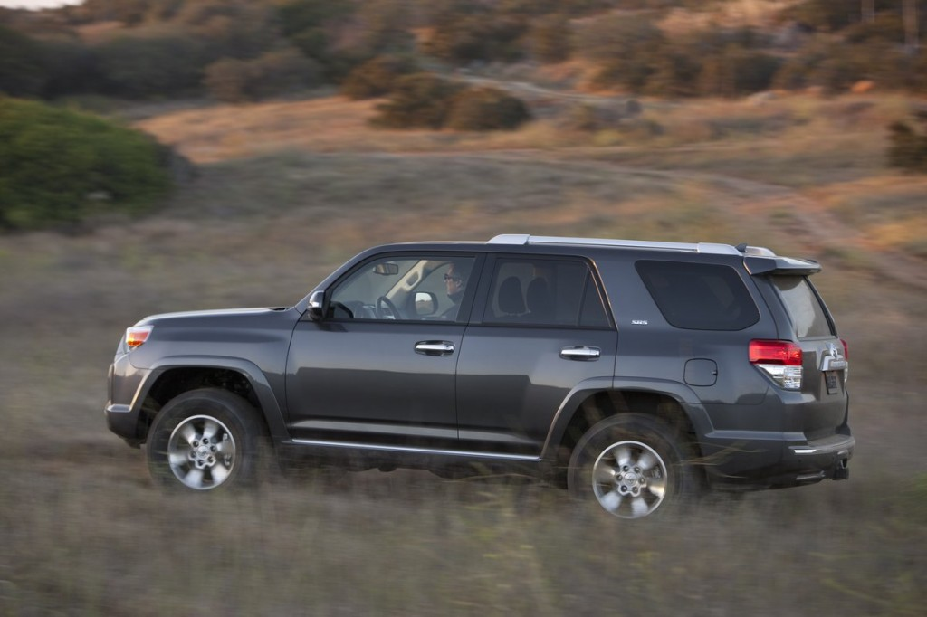 2013 toyota 4runner pictures photos gallery the car. Black Bedroom Furniture Sets. Home Design Ideas