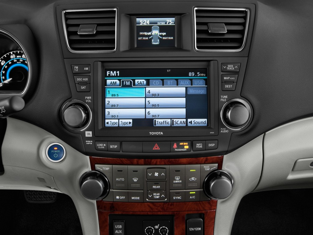 2 Different Stereos For 2013 Limiteds Toyota Nation