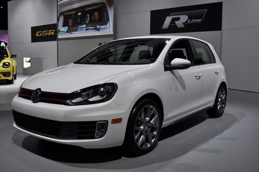volkswagen debuts limited edition gti models in chicago. Black Bedroom Furniture Sets. Home Design Ideas