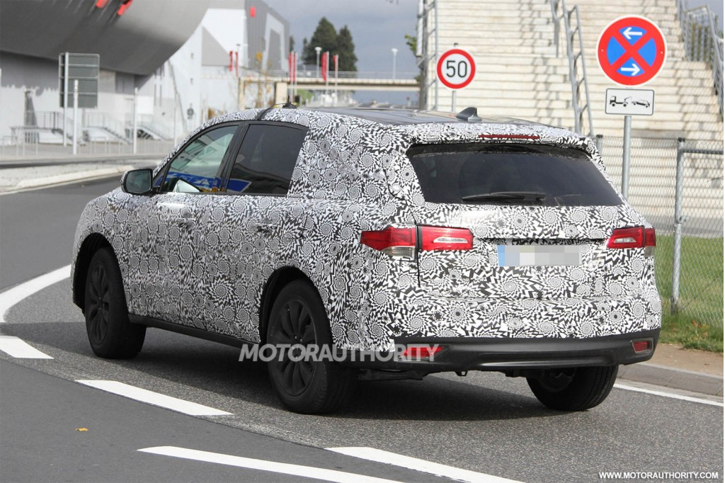 image appeared in the following articles: 2014 Acura MDX Spy Shots