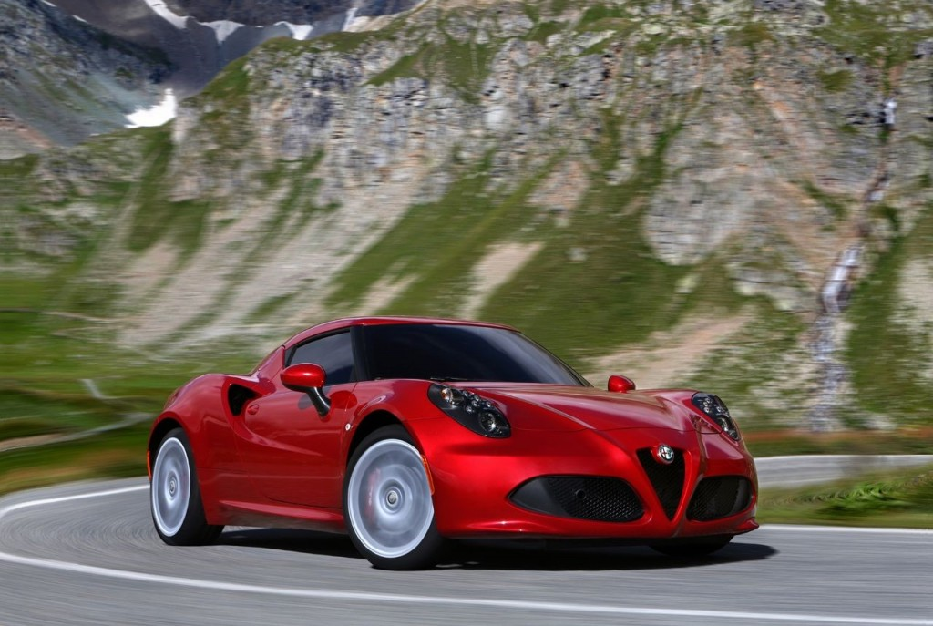 NEW Alfa Romeo 4C Photo Gallery....