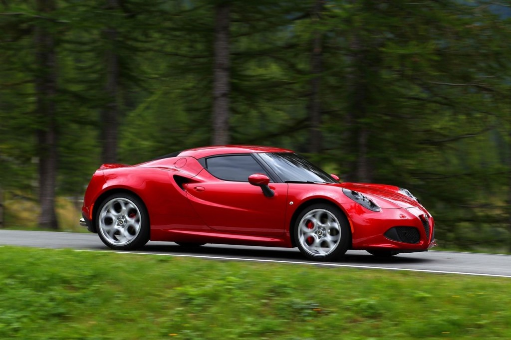 2014 alfa romeo 4c. Black Bedroom Furniture Sets. Home Design Ideas