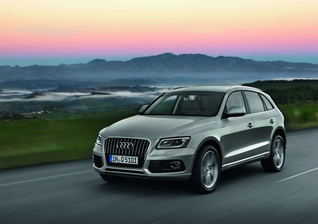 2014 audi q5 pictures photos gallery motorauthority. Black Bedroom Furniture Sets. Home Design Ideas
