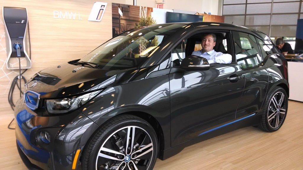 2014 bmw i3 rex range extended electric car drive report by very first owner. Black Bedroom Furniture Sets. Home Design Ideas