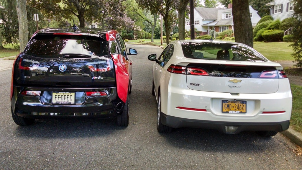 2014 Bmw I3 Rex Vs Chevy Volt Range Extended Electric Cars Compared