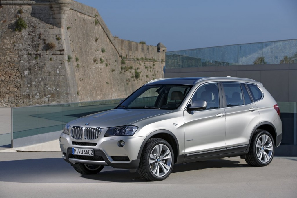 2014 bmw x3 pictures photos gallery the car connection. Black Bedroom Furniture Sets. Home Design Ideas