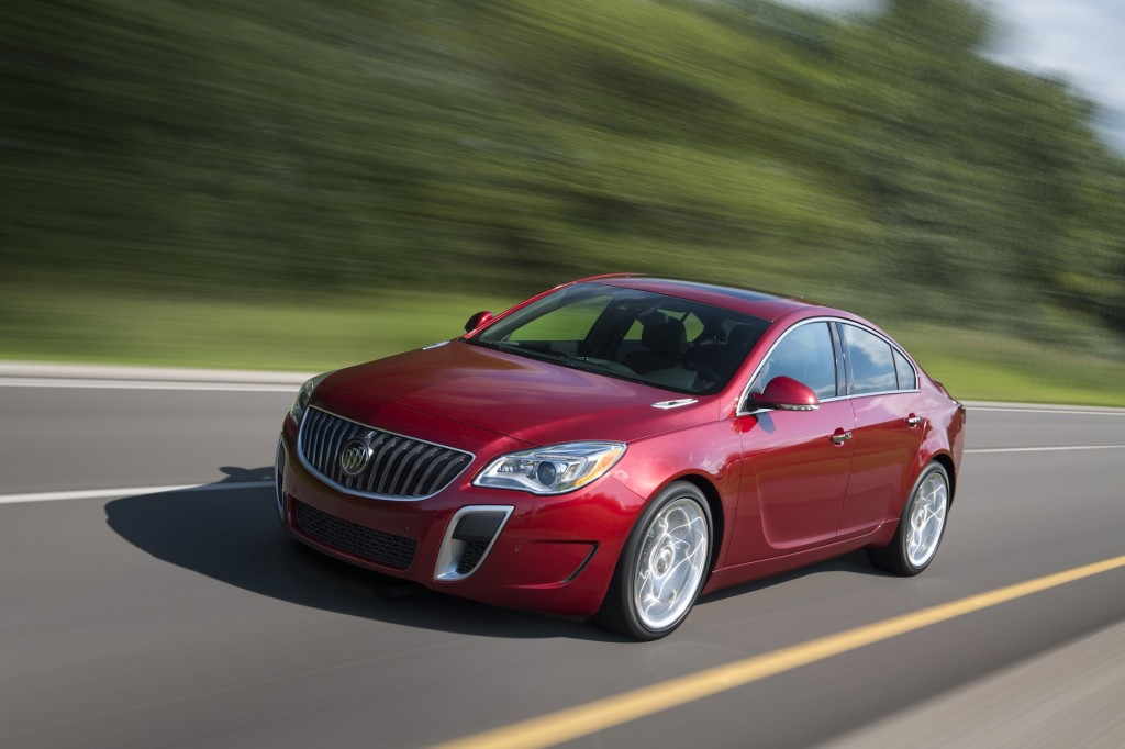 2014 buick regal driven priced from 30 615. Black Bedroom Furniture Sets. Home Design Ideas