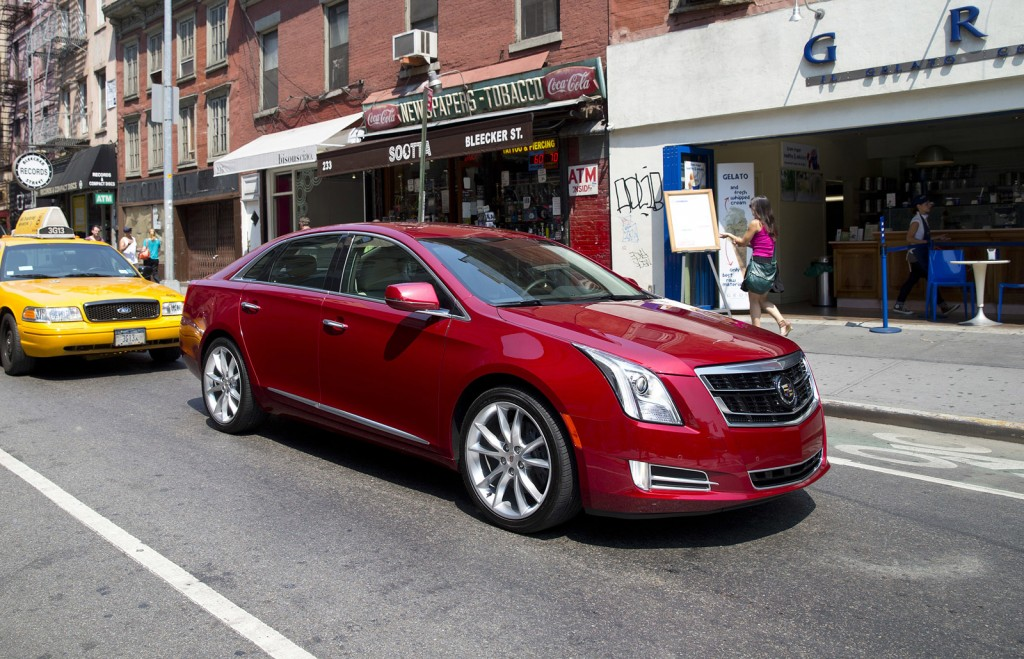 cadillac to turn vsport into sub brand expand offerings. Black Bedroom Furniture Sets. Home Design Ideas