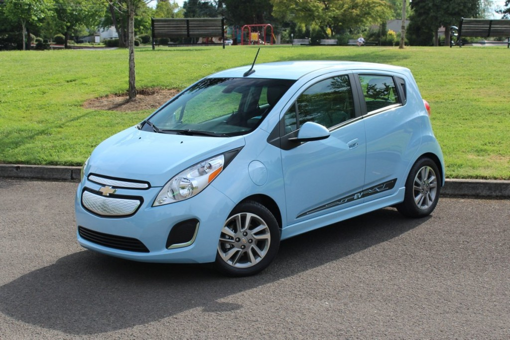 2015 chevrolet spark ev switches battery cells 82 mile range remains. Black Bedroom Furniture Sets. Home Design Ideas