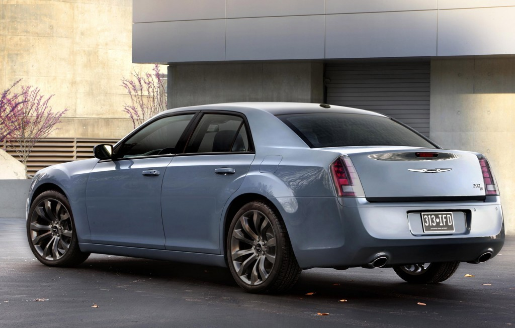 2014 chrysler 300 pictures photos gallery the car connection. Black Bedroom Furniture Sets. Home Design Ideas