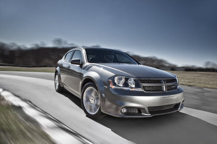 2014 dodge avenger pictures photos gallery the car. Black Bedroom Furniture Sets. Home Design Ideas
