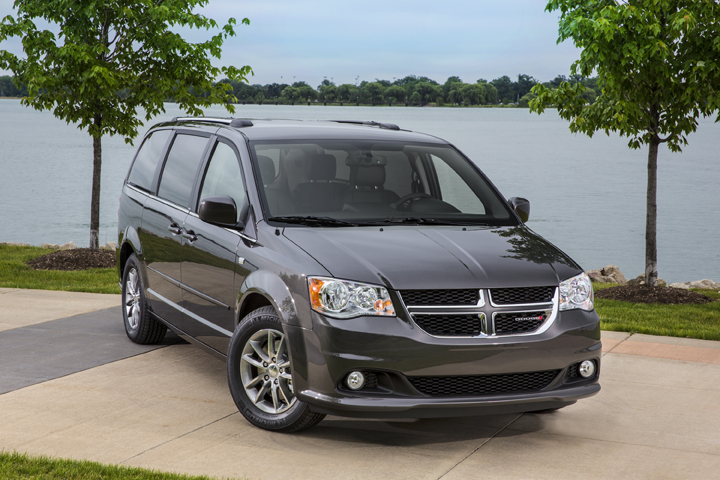 2014 dodge grand caravan pictures photos gallery green car reports. Black Bedroom Furniture Sets. Home Design Ideas