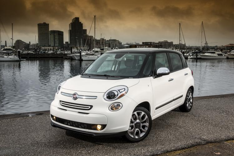 2014 fiat 500l review ratings specs prices and photos the car connection. Black Bedroom Furniture Sets. Home Design Ideas