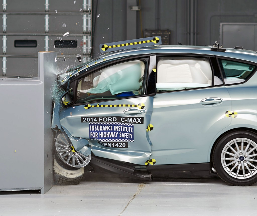 IIHS Tests Small Cars On Small Overlap: Volt Does OK, Leaf