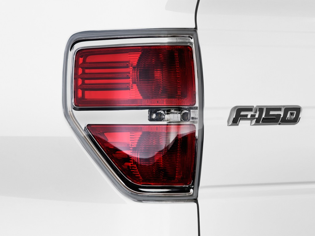 image 2014 ford f 150 2wd supercab 145 xl tail light. Black Bedroom Furniture Sets. Home Design Ideas