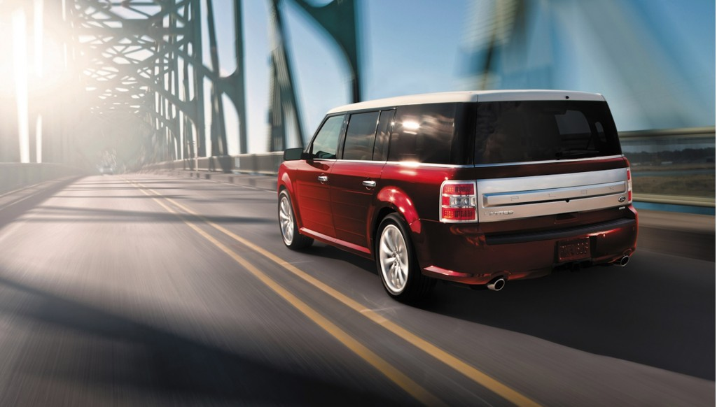 2014 ford flex pictures photos gallery the car connection for Ford flex vs honda pilot