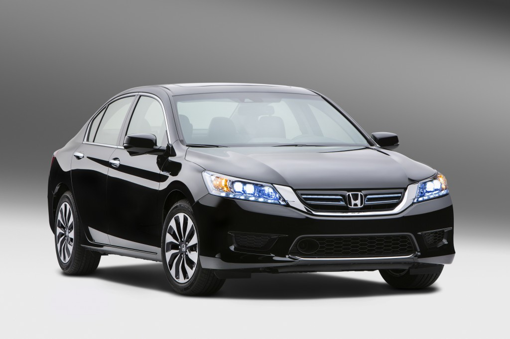 2014 honda accord hybrid earns 50 mpg priced from 29 155. Black Bedroom Furniture Sets. Home Design Ideas
