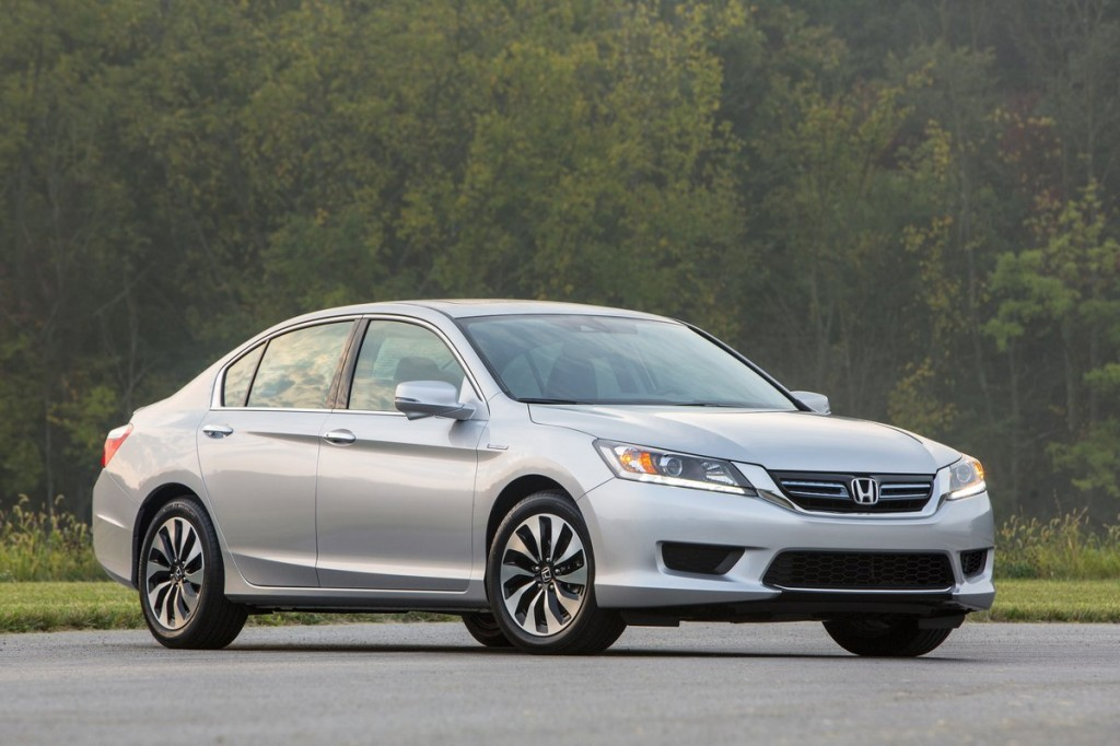 2014 honda accord hybrid driven at 50 mpg and 30k does it add up. Black Bedroom Furniture Sets. Home Design Ideas