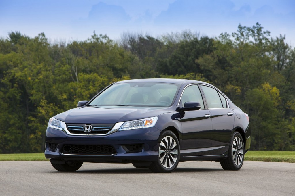 2014 honda accord hybrid first drive report. Black Bedroom Furniture Sets. Home Design Ideas