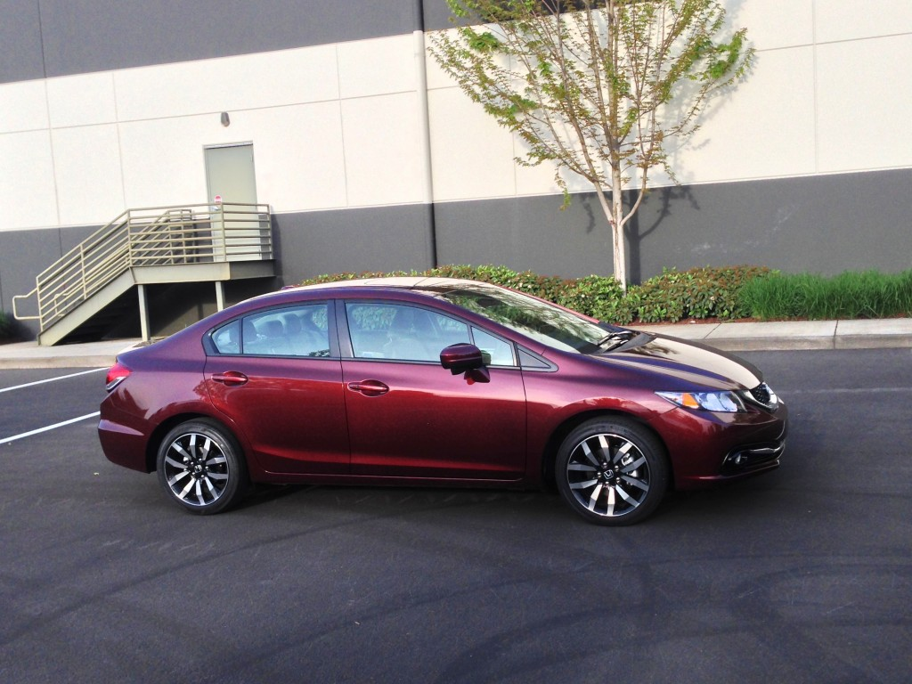 2014 honda civic pictures photos gallery green car reports. Black Bedroom Furniture Sets. Home Design Ideas