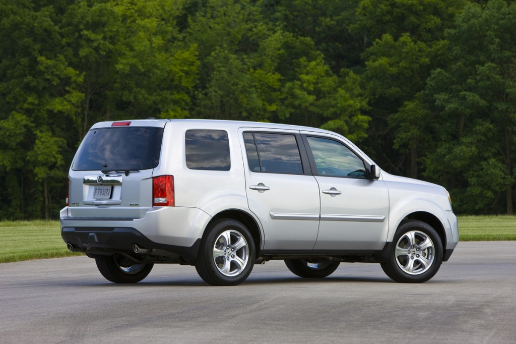 2014 honda pilot pictures photos gallery the car connection for 2014 honda pilot dimensions