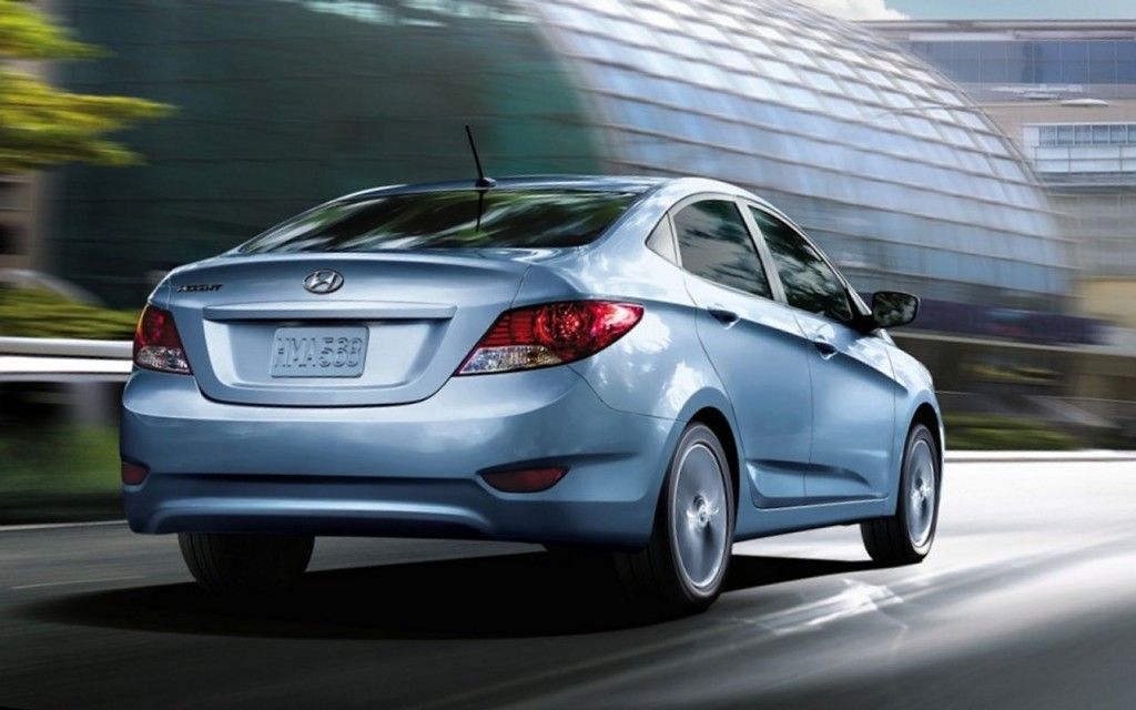 2014 hyundai accent pictures photos gallery the car. Black Bedroom Furniture Sets. Home Design Ideas