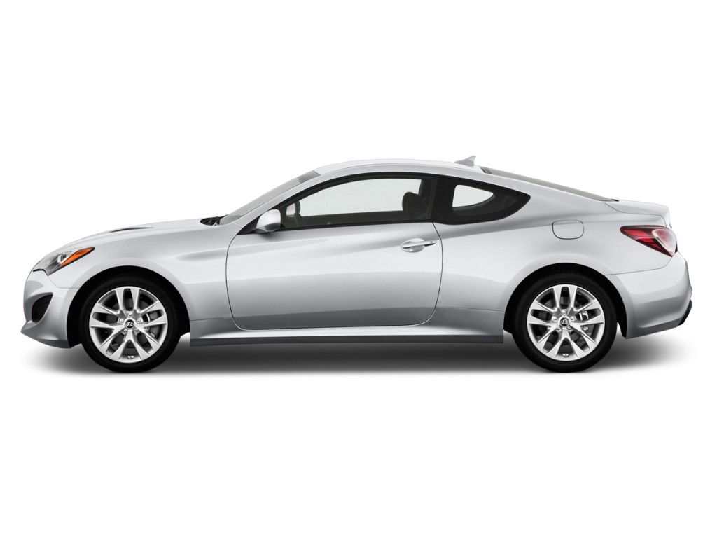 2014 hyundai genesis coupe 2 door i4 2 0t auto side exterior view