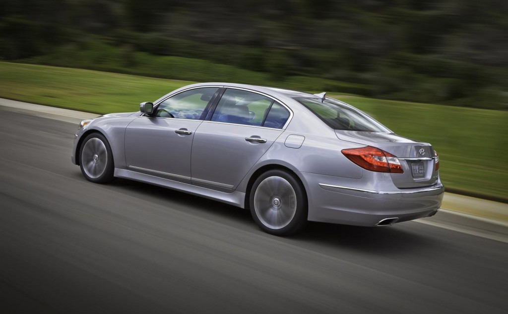 2014 Hyundai Genesis Gets A Few Updates Before New Model S