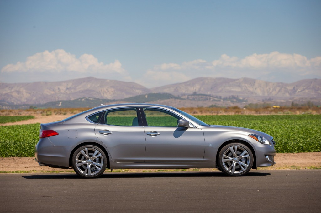 2014 Infiniti Q70 Pictures/Photos Gallery - Green Car Reports