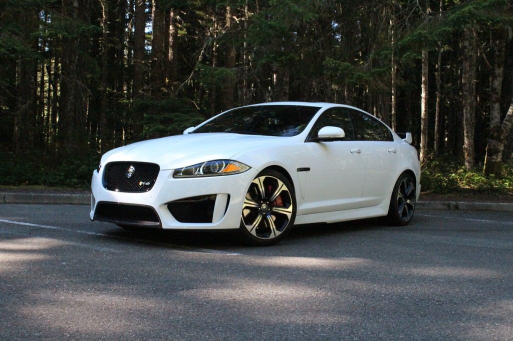 2014 jaguar xf r sport current models drive away 2day. Black Bedroom Furniture Sets. Home Design Ideas
