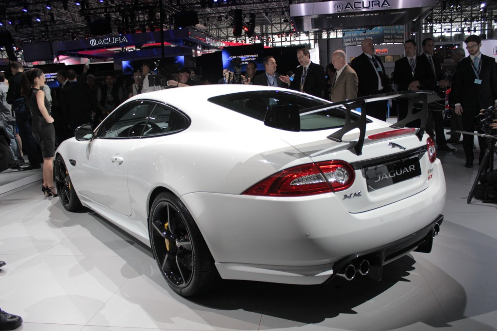 2014 jaguar xkr s gt 2013 new york auto show. Black Bedroom Furniture Sets. Home Design Ideas