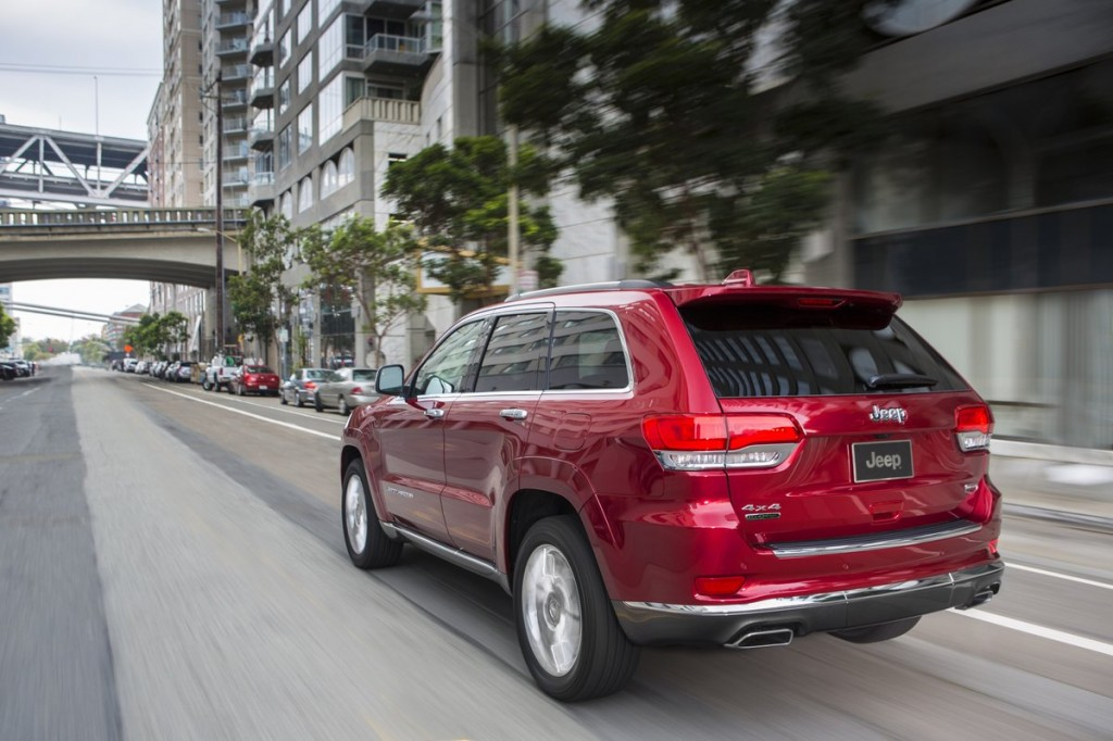 2014 jeep grand cherokee recalled for electrical software flaws. Black Bedroom Furniture Sets. Home Design Ideas