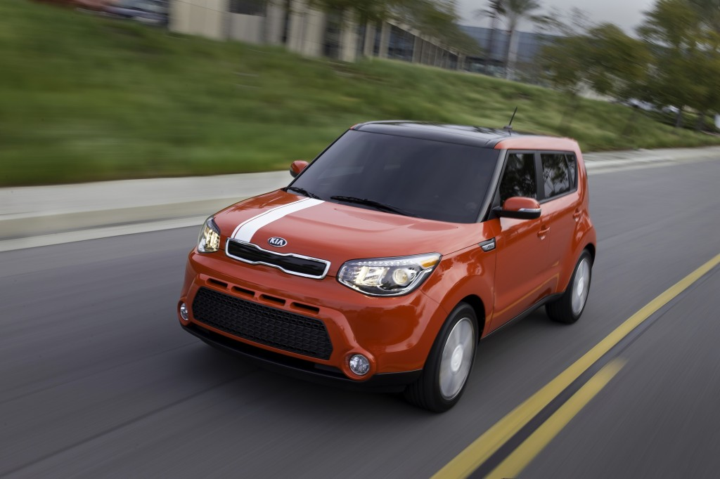 2014 kia soul reviews pictures and prices us news autos post. Black Bedroom Furniture Sets. Home Design Ideas