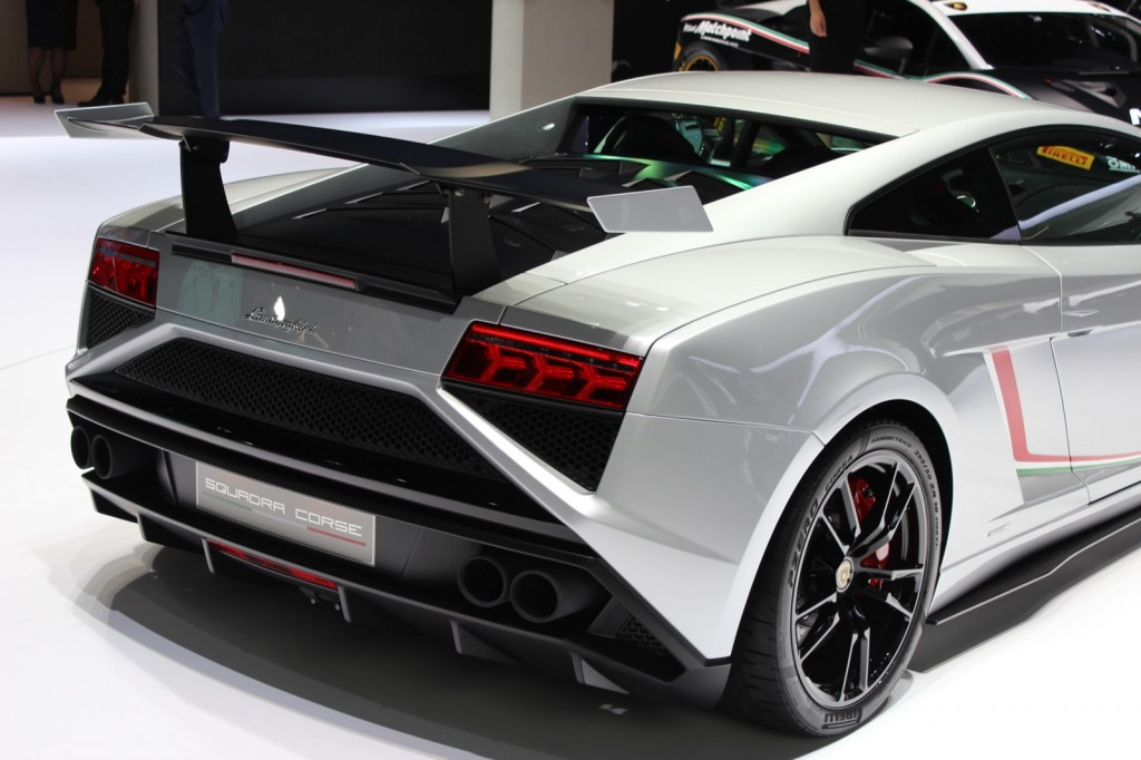 2014 lamborghini gallardo pictures photos gallery green car reports. Black Bedroom Furniture Sets. Home Design Ideas