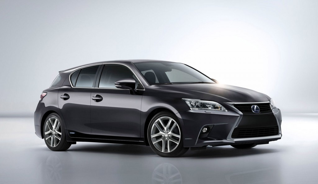 2014 lexus ct 200h debuts at 2013 guangzhou auto show video. Black Bedroom Furniture Sets. Home Design Ideas