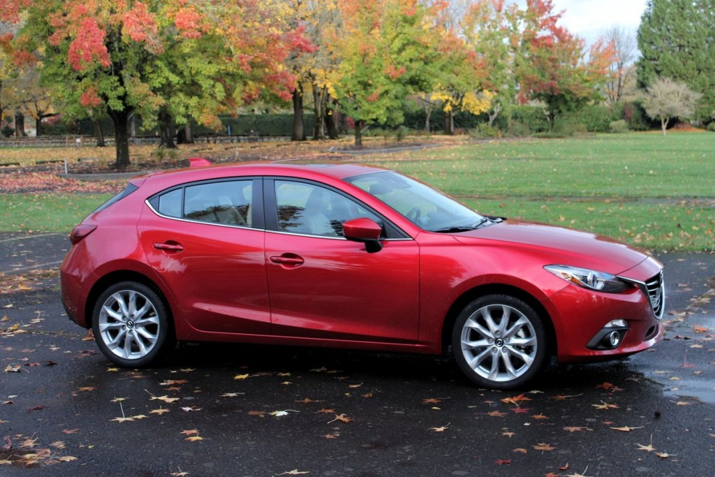 2014 mazda 3 video road test. Black Bedroom Furniture Sets. Home Design Ideas