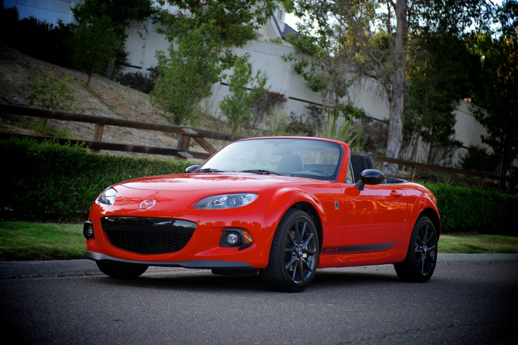 2014 mazda mx 5 miata pictures photos gallery motorauthority. Black Bedroom Furniture Sets. Home Design Ideas