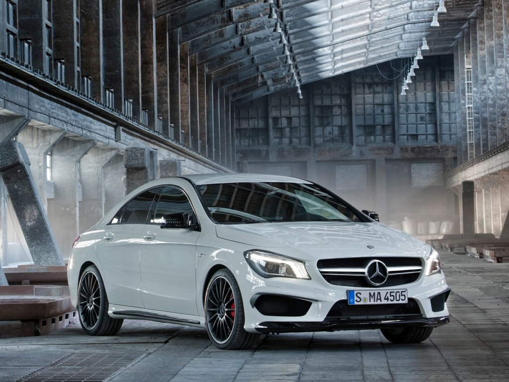 2014 mercedes benz cla45 amg leaked photos. Black Bedroom Furniture Sets. Home Design Ideas