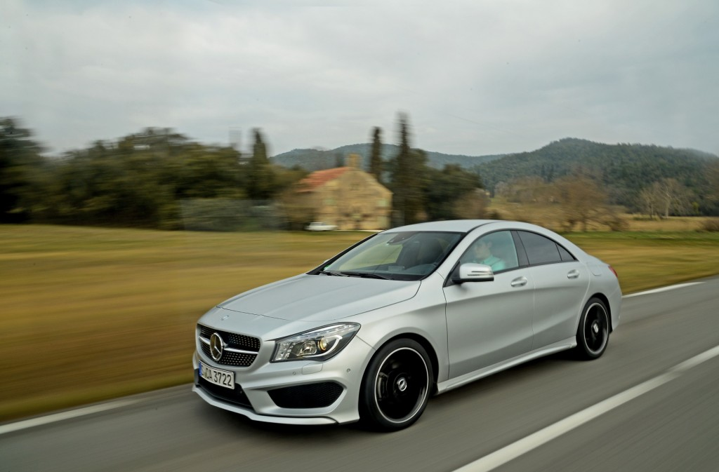 2014 mercedes benz cla class pictures photos gallery motorauthority. Black Bedroom Furniture Sets. Home Design Ideas