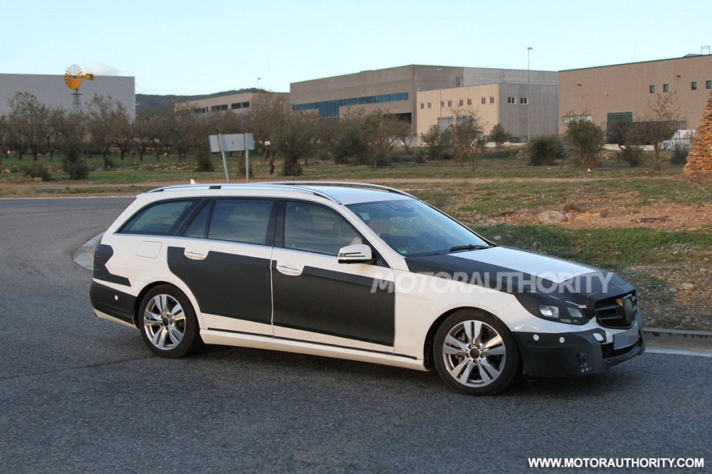 2014 mercedes benz e class wagon spy shots for Mercedes benz e wagon