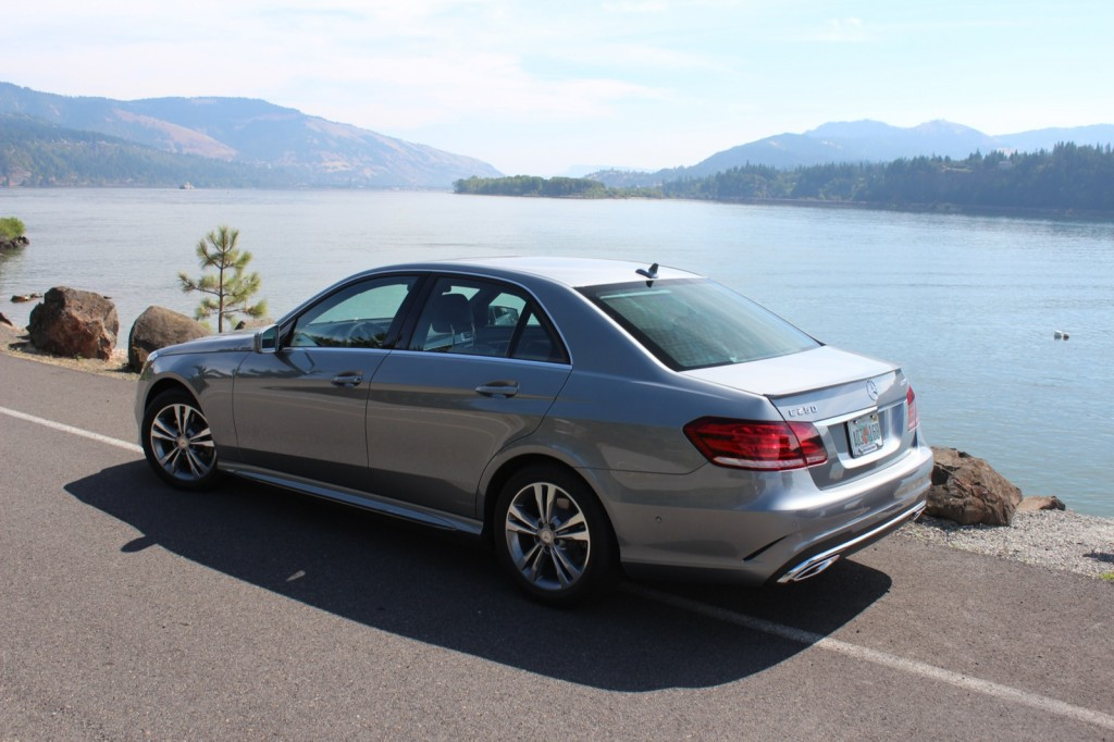 2014 mercedes benz e class pictures photos gallery the for 2014 mercedes benz e class e250 bluetec sedan review