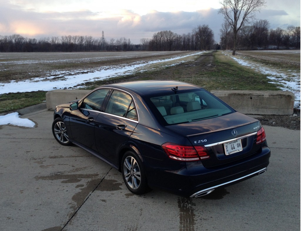 2014 mercedes benz e 250 bluetec diesel fuel economy review for Mercedes benz mileage