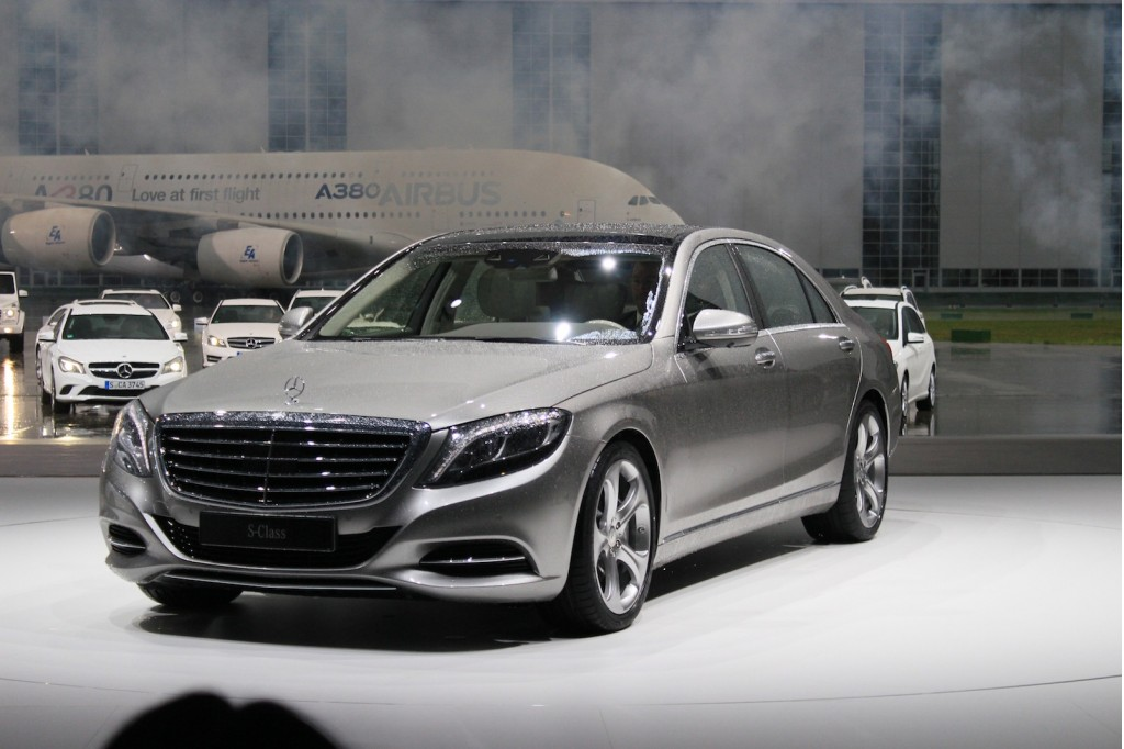 2014 mercedes benz s class live photos from unveiling in hamburg. Cars Review. Best American Auto & Cars Review